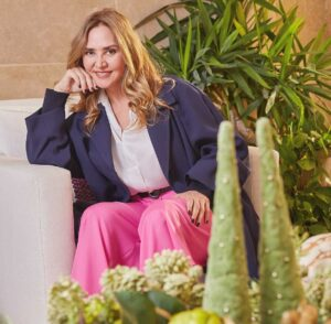 De acuerdo con Angélica Fuentes Téllez son las propias mujeres las que están abriendo la brecha para el emprendimiento de más mujeres.